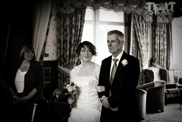 wedding at Inn on the Lake by Derwent Photography