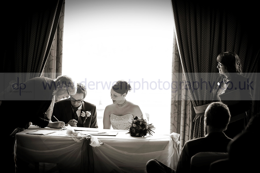 wedding photographers in the lake district at the inn on the lake