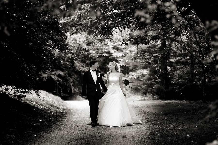 The Marton House wedding photography of Rebecca and Curtis.